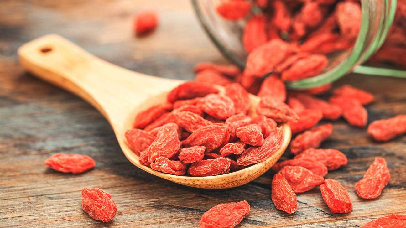 Goji Berries Have These 5 Mind-Blowing Benefits on Health and Diet